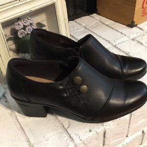 Clark's Collection Black Bootie SZ 8.5 Zip Cushion